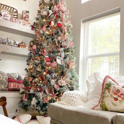 Main Christmas Tree with Traditional and Rustic Colors