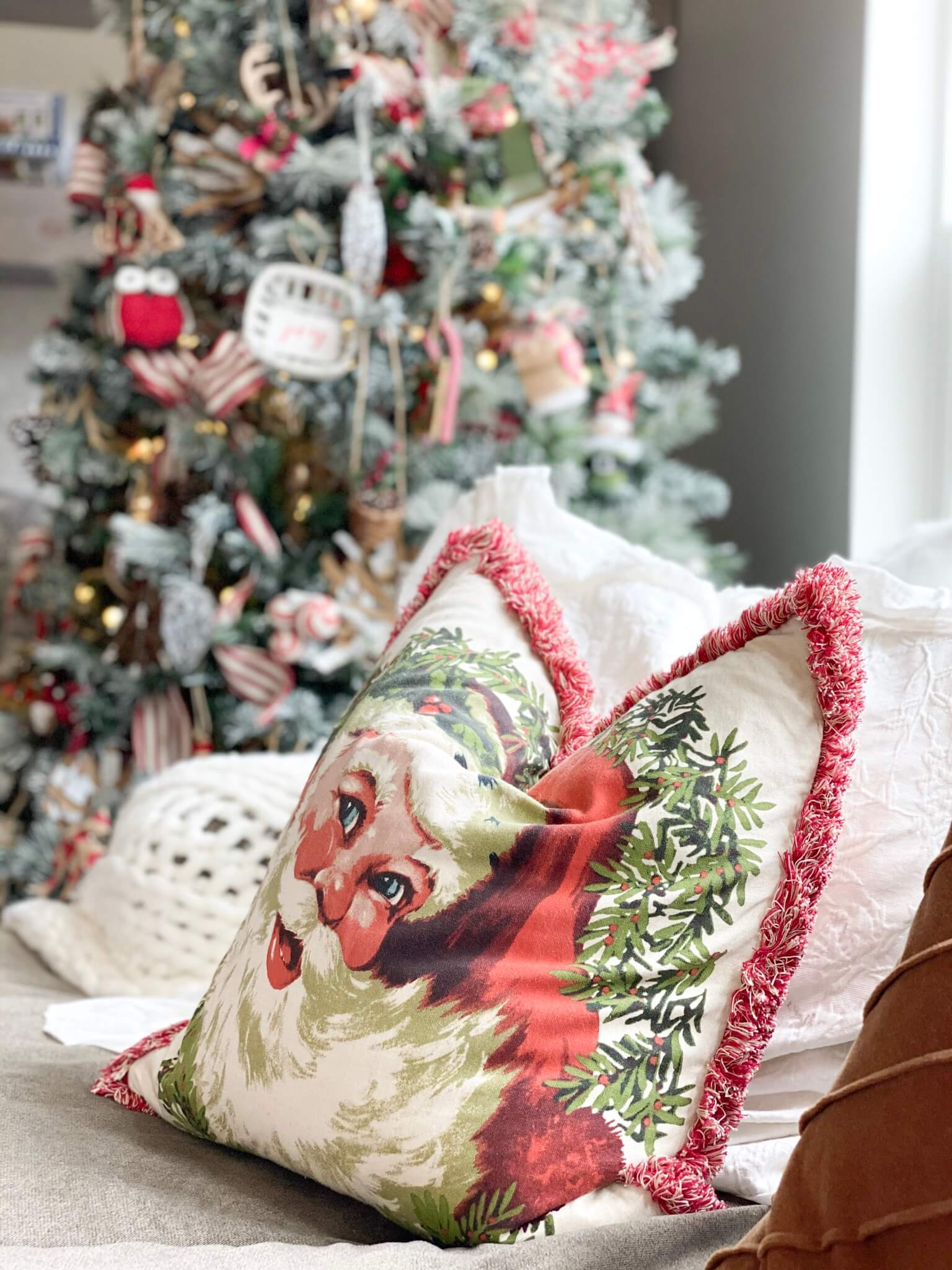 Rustic Santa Pillow cover