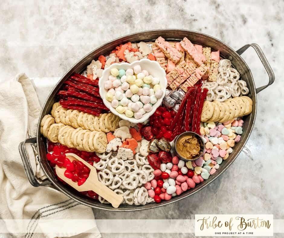 Dessert board valentine's day